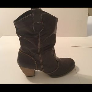 Rampage Shoes - Rampage brown boots